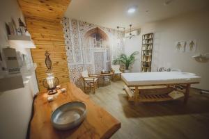 <b>Sea Life</b> Hotel (Кипр Spathariko) - Booking.com