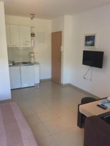 Кухня или мини-кухня в Villa Mikrut