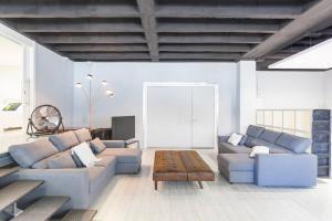 Seating area sa Apartamentos cerca de IFEMA
