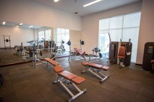 The fitness center and/or fitness facilities at Bellevue Serviced Apartments