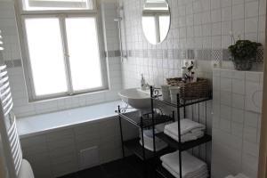 A bathroom at Apartman u Hradcan