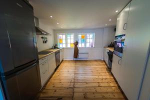 A kitchen or kitchenette at Nyhavn 7