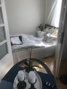 Letto o letti in una camera di Stare Miasto Miodowa 26