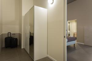 A bathroom at Dreams Hotel Residenza Corso Magenta