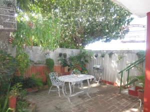 A porch or other outdoor area at Casa Luis y Mercy