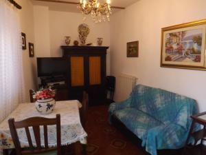 A seating area at Alloggio turistico Renato
