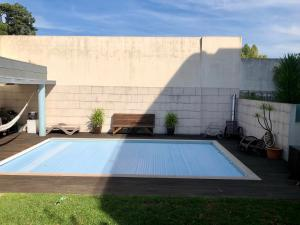 The swimming pool at or near Oporto Garden House - Annex bedroom