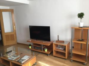 A television and/or entertainment center at MODERNO,LUMINOSO,SILENCIOSO