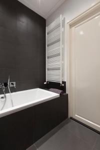 A bathroom at Luxury Amsterdam City Center Apartments