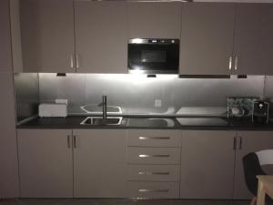 A kitchen or kitchenette at Casa da Barca