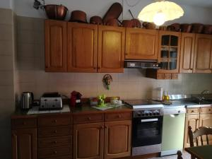 A kitchen or kitchenette at Appartamento Trifoglio