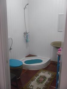 A bathroom at Casa da Rua das Mercês