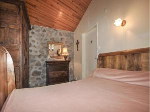 Un ou plusieurs lits dans un hébergement de l'établissement Two-Bedroom Holiday Home in Vernet Les Bains