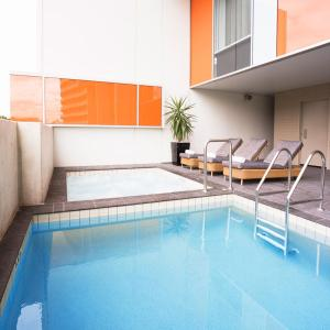 The swimming pool at or near Mantra South Bank Brisbane
