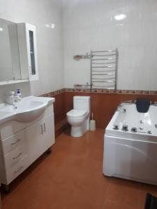 A bathroom at Apartment on Abay 150/230