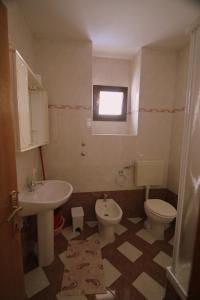 A bathroom at Studios Slavica