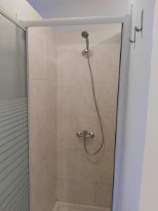Uma casa de banho em Estudios Cientouno