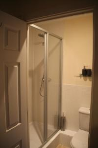 A bathroom at Vervain Court