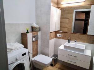 Kamar mandi di Apartamenty Bulwary Książęce