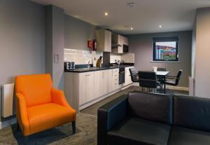 Гостиная зона в Dream Apartments Quayside