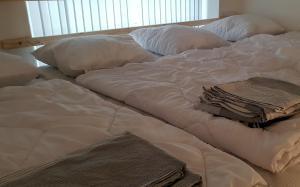 Кровать или кровати в номере New cozy apartment