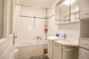 A bathroom at Vienna Living Apartments - Pilgramgasse