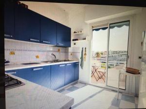 A kitchen or kitchenette at Bellavista Monalisa