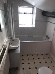 A bathroom at The Cottage, Beulah Grange Farm