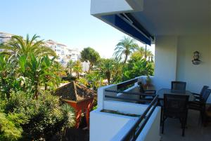 A balcony or terrace at Excellent Location Lovely Puerto Banus Apartment
