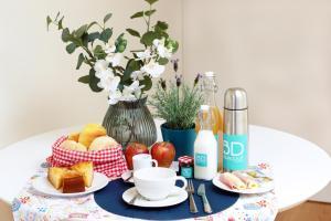 As opções de pequeno-almoço disponíveis para os hóspedes de HM - Ribeira São João Apartment - 6L