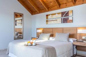 Llit o llits en una habitació de Ona Alanda Club Marbella