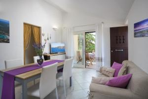 A seating area at Residence Bougainvillae