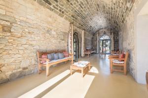 A seating area at Résidence Pierre & Vacances Cap-Morgat