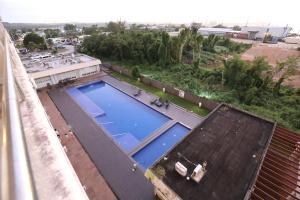 Vue sur la piscine de l'établissement HANA'S House ou sur une piscine à proximité