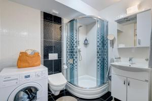 Bagno di Bucharest Airport Apartments