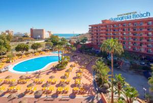 A view of the pool at Fuengirola Beach Apartamentos Turísticos or nearby