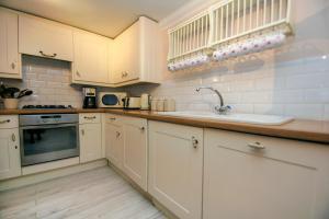 Küche/Küchenzeile in der Unterkunft Little Paris