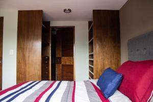 Voodi või voodid majutusasutuse Colivers Polanco toas
