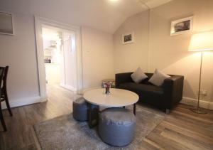 A seating area at Dublin Apartments Temple Bar by theKeyCollections