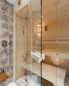Ein Badezimmer in der Unterkunft Plac Narutowicza - P&O Serviced Apartments