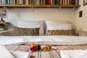 Ein Bett oder Betten in einem Zimmer der Unterkunft Plac Narutowicza - P&O Serviced Apartments