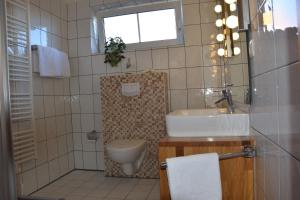 A bathroom at Haus Amrum 21****