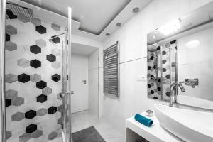 Et badeværelse på Király 28 Entire Aircon Center Apartment