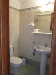 Ένα μπάνιο στο Kolios View Studios