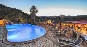 Der Swimmingpool an oder in der Nähe von Residence Fium Del Cavo