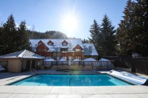 The swimming pool at or near Lake Placid Lodge by Whiski Jack