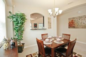 Restaurant ou autre lieu de restauration dans l'établissement Veranda Palms 2600