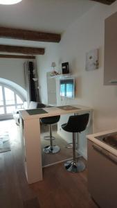Köök või kööginurk majutusasutuses Sam Le Lezard Sarl