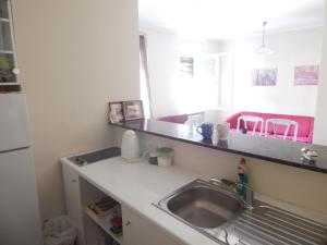 A kitchen or kitchenette at Apartment at Belgrade center (6+4) FREE parking!