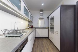 Кухня или мини-кухня в Lucy ´s apartment